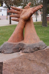 pic of helping hands sculpture
